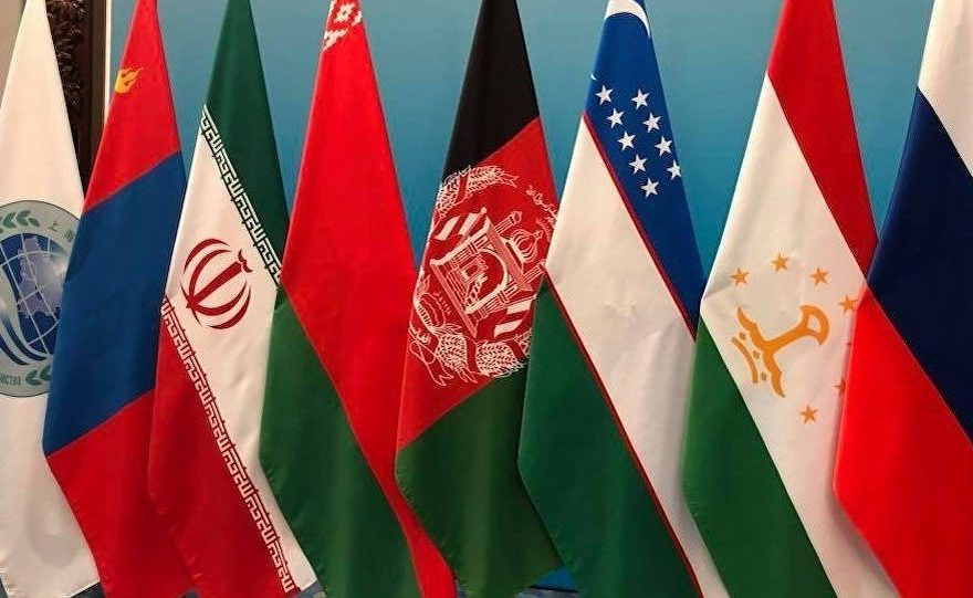 اشراف بیرق افغانستان با ایران و بیرق ها
